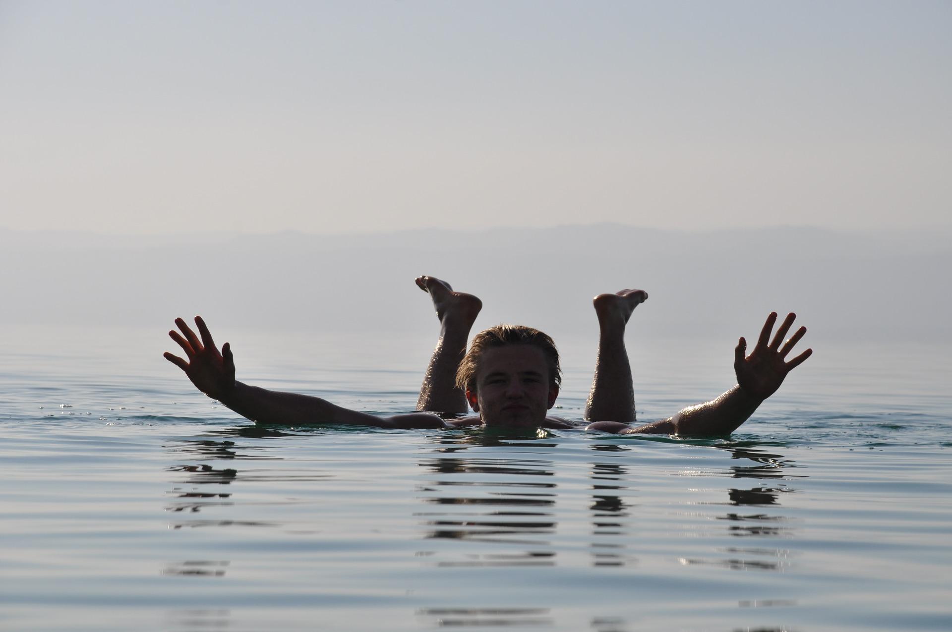 dead-sea-1259505_1920